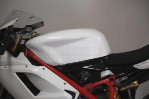 Kryt nádrže GFK Ducati