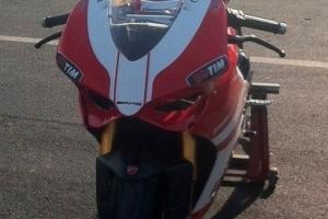 Ducati 1199 Teile Motoforza auf Motorrad