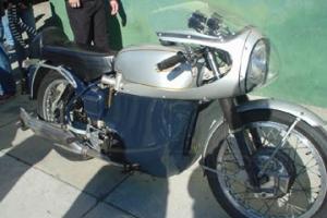 Rickman Metisse,Matschless G50 -Avon-Dunstall-Norton-BSA-Triumph - Kapotáž cestovní - Set  - se světlem 7 palců