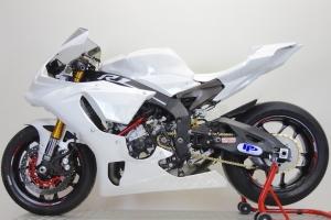 Ukázka dílů Motoforza na motocyklu Yamaha YZF R1M 2015
