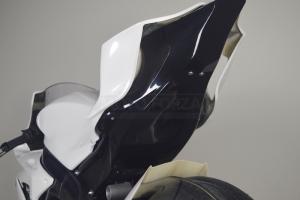 Yamaha YZF R6 2017-  Komplettsatz 6-teilig Racing Version 4 für Original Auspuff-Schwarz Höckerabdeckung - Original Heckrahmen